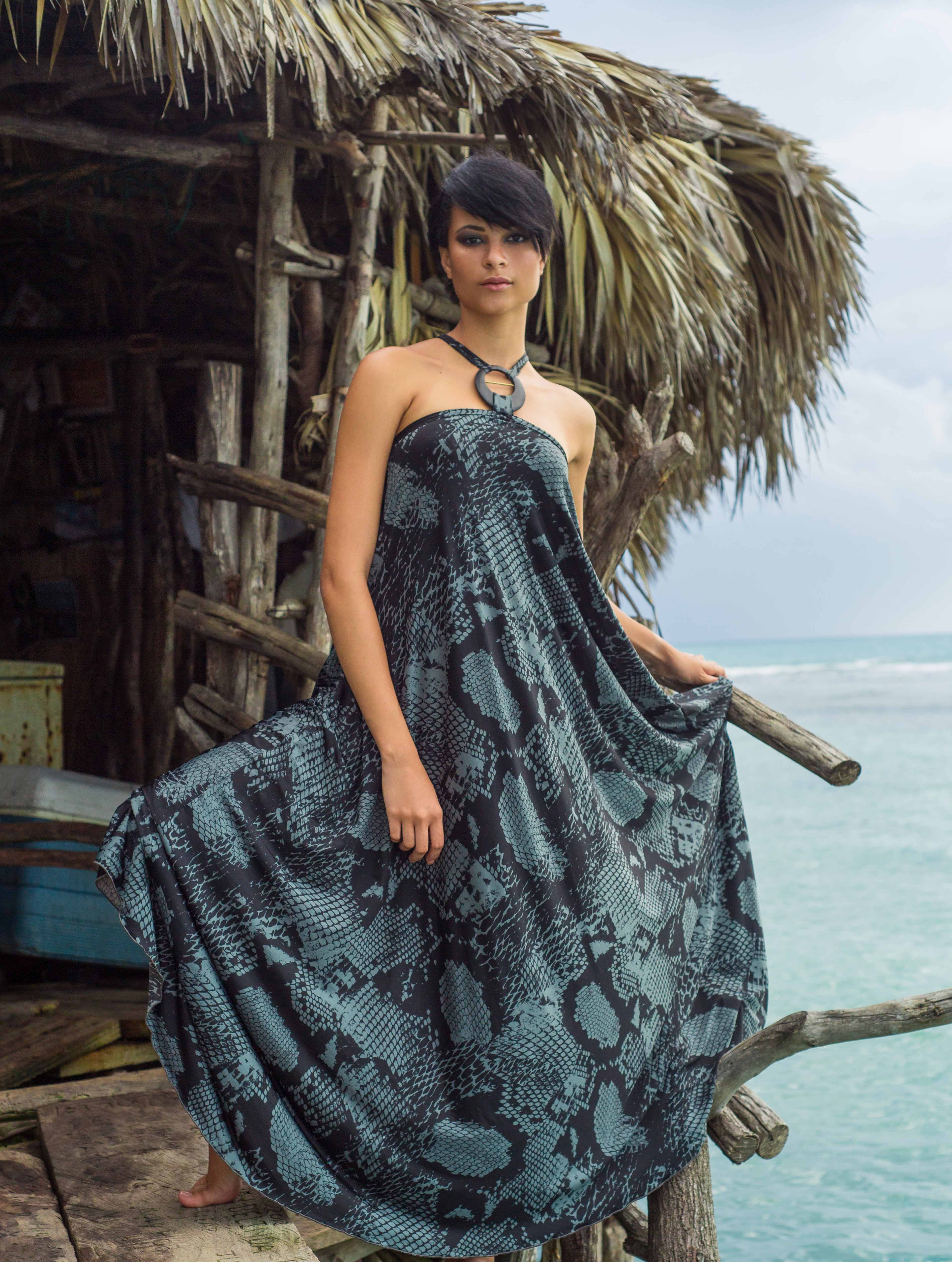 Kaj Resort 13/14 collection, Tribu Sauvage. Maxi dress with ring accent.